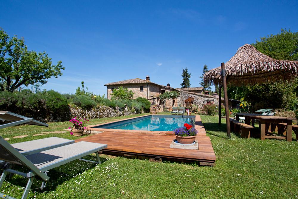 Pavimenti per giardino - Mattonelle e listoni in legno