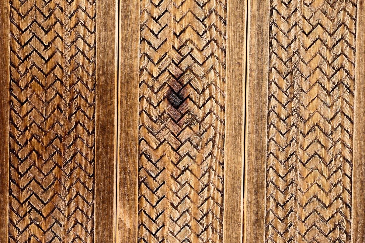 Rivestimento in legno con effetto intreccio