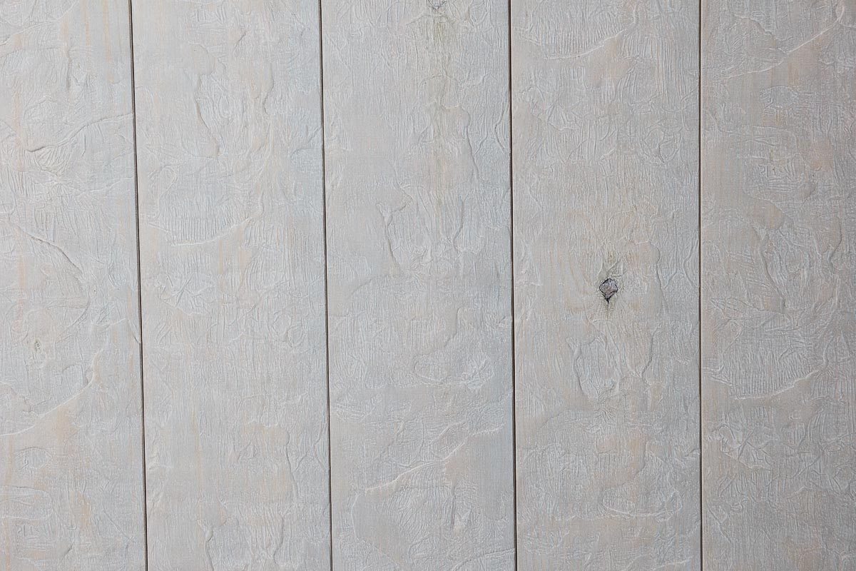 Rivestimento in legno con effetto pietra